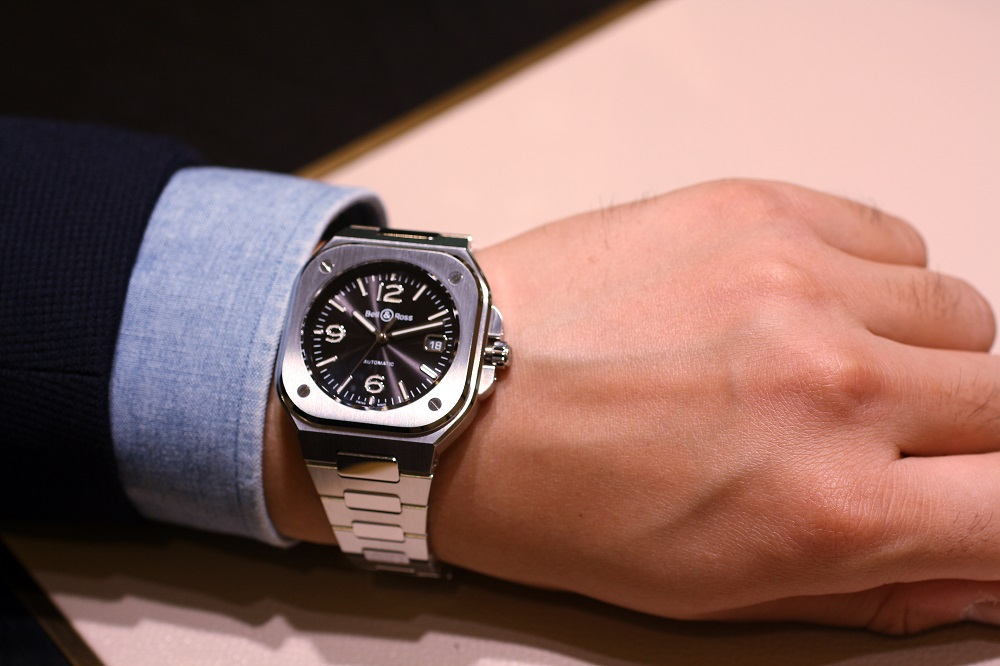 Bell&Ross ベル&ロス BR05 BR05A-BL-ST/SST